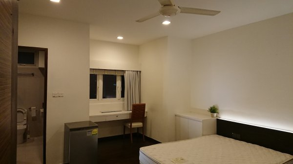 Orchard Towers Room cum office layout for rent near Orchard MRT - Myanmar Roommate