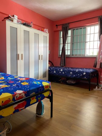 One Girl Roommate for Aircon Common Room near Yishun MRT - Myanmar Roommate